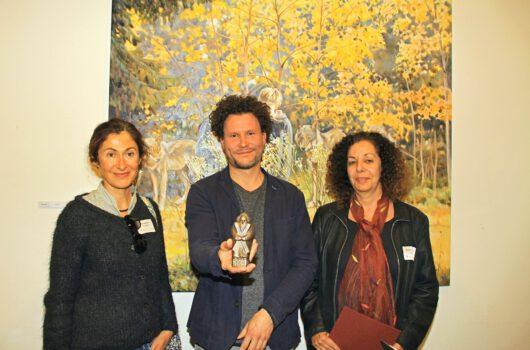 Foto: © Ingrid Nöhrenberg, St. Andreasberg - Die Preisträger Andreas-Kunstpreis 2019 (von links): Julia Belot (Auszeichnung), Andreas-Kunstpreisgewinner Tom Kretschmer und Schirin Fatemi (Auszeichnung)